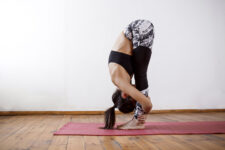 Hatha Yoga Poses for Beginners: Corpse Pose and Padahastasa
