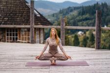 Iyengar Yoga Series to Reduce Stress