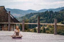 Iyengar Yoga Sequence to Improve Balance